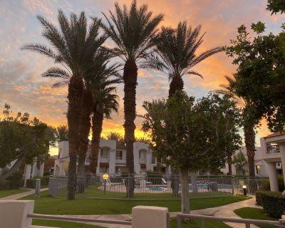 Clean ,quiet, 2 bedroom condo - Palm Springs
