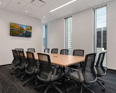 Private Meeting Room for 12 at e|spaces Orlando