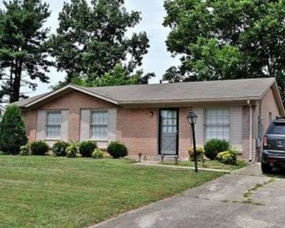 9613 Elm Lake Dr #1, Louisville, KY 40291 3 Bedroom Apartment