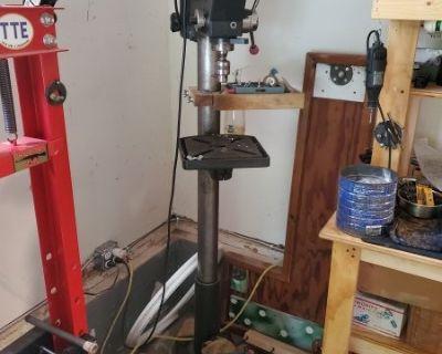 "FS/FT Craftsman 13"" 1/3hp floor mount drill press"