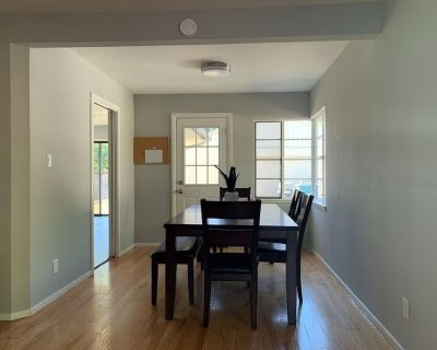 Newly remodeled house close to google stanford and facebook, EZ commute! 4Bed-2b - Duveneck - St. Francis