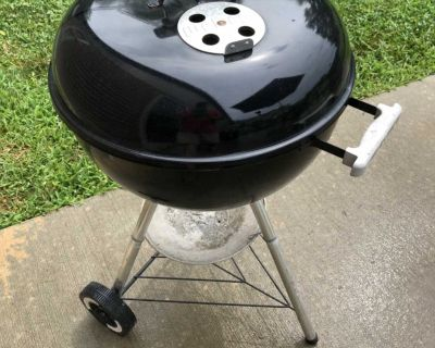 18 Weber charcoal grill
