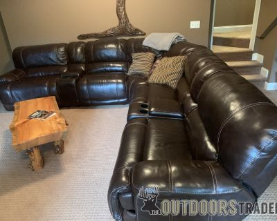 FS Leather Sectional Sofa