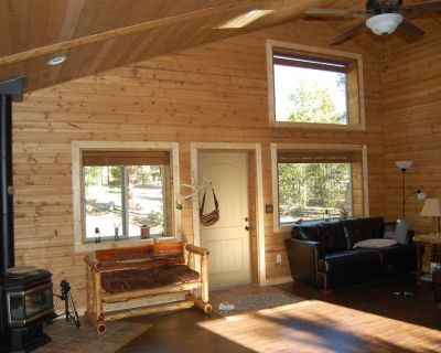 Well Appointed Cabin On Wooded Acre,close To Lakes And Trails Handicap Accessibl - Twin Lakes