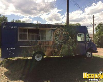 2001 Workhorse Diesel Step Van Mobile Kitchen Food Truck