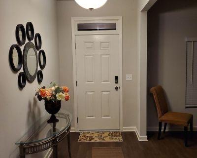 ATL 5 Bedroom Luxury New Smart Home Near Airport! - Atlanta