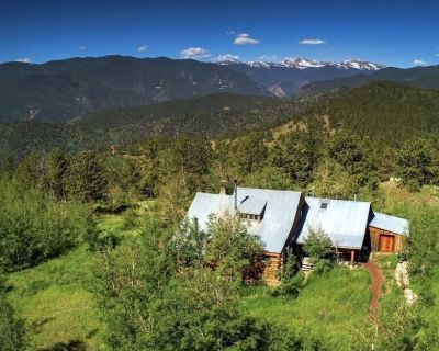 Redtail Retreat - Main House - Get off the Grid! - Idaho Springs