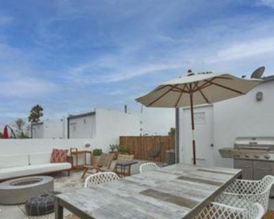 660 Rose Ave #3, Los Angeles, CA 90291 1 Bedroom Condo