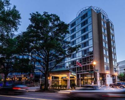 Comfy Unit in the Heart of DC! Restaurant, Gym - Dupont Circle
