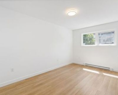 3235 West Broadway #2, Vancouver, BC V6K 2H5 3 Bedroom Apartment