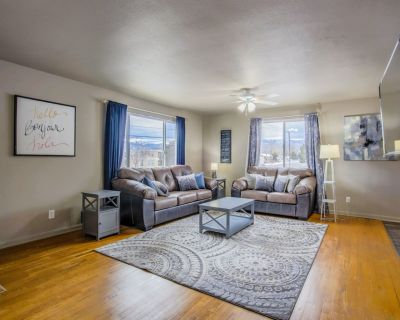 4BR Olympic Training Center w/Grill - Central Colorado Springs