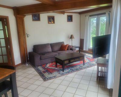 A beautiful 1 bedroom apartment in a beautiful neighborhood - Lakewood