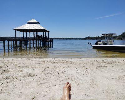 Luxurious Lake House, White Sandy Beach on Little Lake Weir Cozy & Tranquil - Ocklawaha