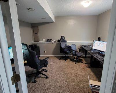 Short Term Roommate for House