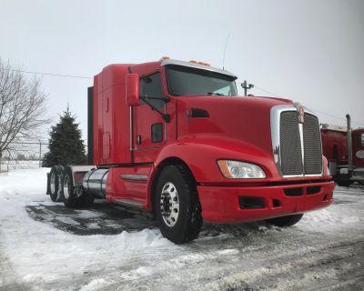 2017 KENWORTH T660 Sleeper Trucks Truck