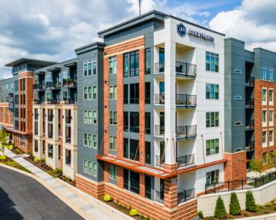Link Apartments Grant Park