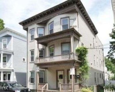7 Washburn Ter, Brookline, MA 02446 4 Bedroom Apartment