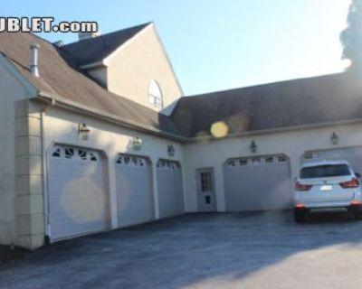 $8000 5 single-family home in Delaware County
