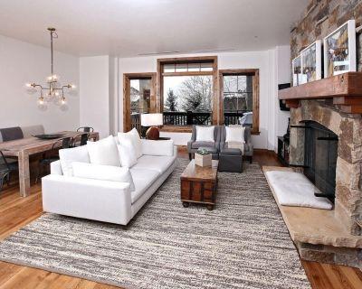 NEW LISTING! Ski in/out Luxury 5 Star 2 bedroom / sleeps 8 Condo Bachelor Gulch - Beaver Creek