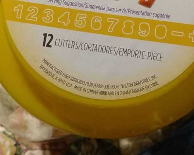 WILTON COOKIE CUTTER SET NUMBERS PLUS AND MINUS SIGN