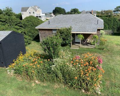 Snug Harbor / East Matunuck, RI. Easy, Breezy, Summer Rental! - Snug Harbor