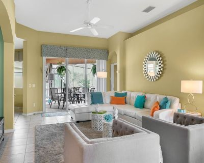Beautiful pool home, games room, 2 lounges, kids' play space, Disney 11 miles! - Calabay Parc