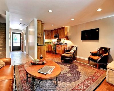 Cozy Mountain Retreat, 2 bedrooms townhome in Park City