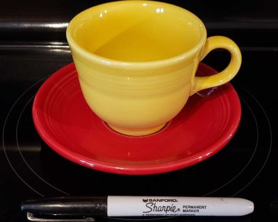 """Tea cup and plate """"Fiesta"""" collection."""