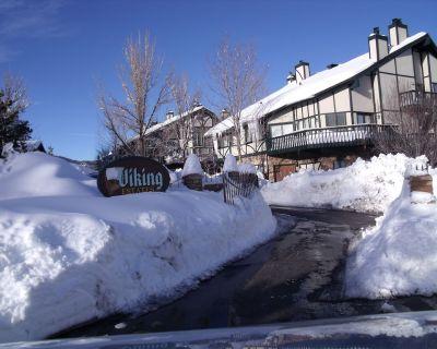 Condo-Cabin/Pool/Jacuzzi/Village & Marina 1 Mile!! - Big Bear Lake