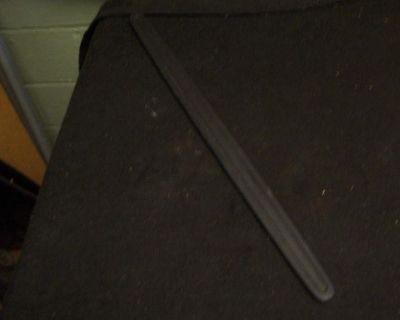 04 05 06 Pontiac Gto Driver Lh Kick Panel Cover Trim Black Used Ls1 Ls2 Hot Rod