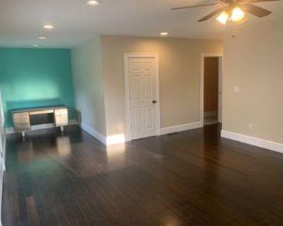 62 Walton St, Asheville, NC 28801 4 Bedroom House