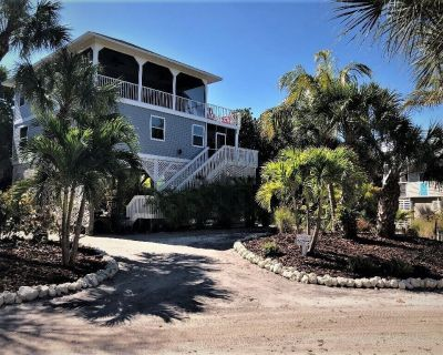 Perfect Distancing Opportunity with Uncrowded Beaches, Hiking, Biking, Kayaking - North Captiva