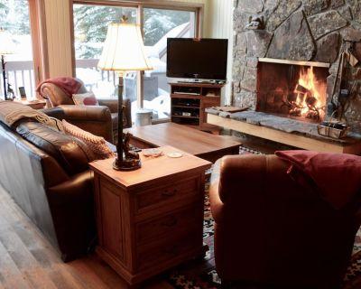 Slopeside Family Ski in, ,Wifi, Hot Tub, Pool, Yellowstone - Teton Village