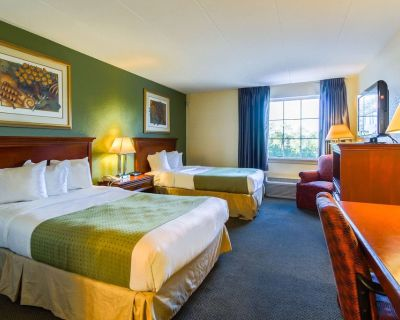 Quality Inn & Suites Conference Center - West Chester