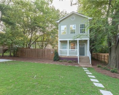 Close to Downtown, Midtown, GT, GWCC and Mercedes-Benz Stadium - Atlanta