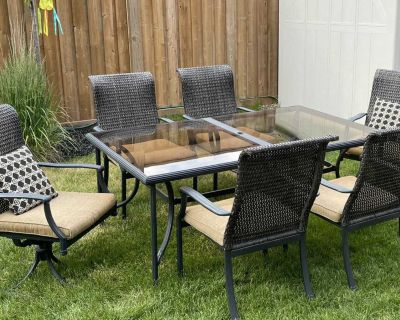 Patio Dining Set - table and chairs