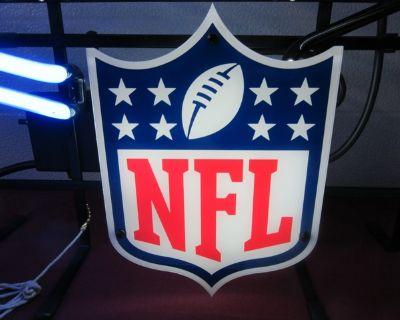PRICE REDUCED!!! Bud Light NFL Lighted Neon Sign COLLECTIBLE