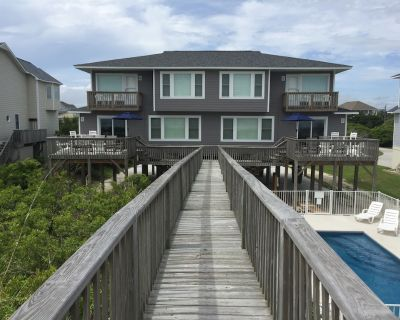 Beachfront Home with a Private Pool Sleeps 22 - The Point