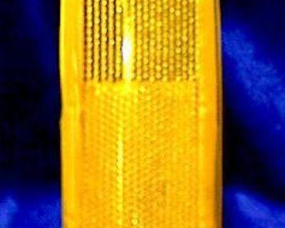 83-93 S-10 Pickup 1983-1994 S10 Blazer Rh Side Marker Reflector Lamp Light