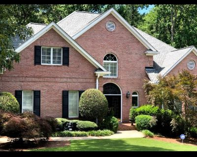 Ashley Glass Presents an East Cobb Estate Sale
