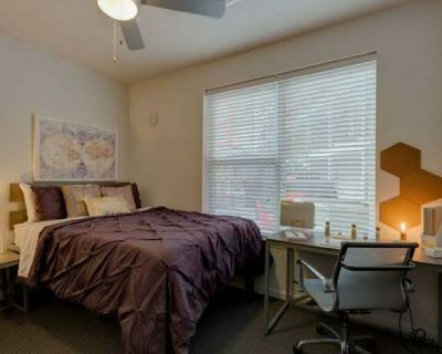 Sublease Apartment at The Nine at Louisville AVAILABLE IMMEDIATELY