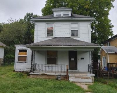 2 Bed 1 Bath Preforeclosure Property in Kansas City, MO 64127 - College Ave