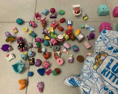 Mix of Shopkins and Lost Kitty