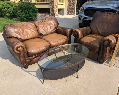 FREE loveseat, recliner, coffee table