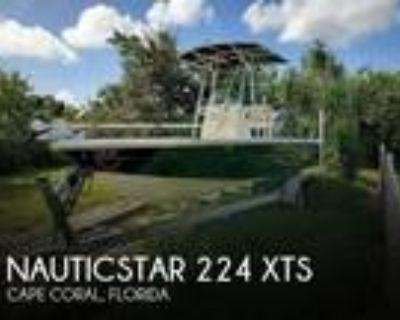 22 foot NauticStar 224 XTS