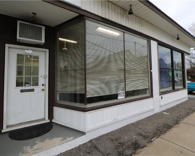 Medford Retail Office Space For Lease By Herman / Real Estate Broker