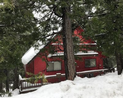 Big Red Cabin within 5 mins drive to Pinecrest Lake/Dodge Ridge Ski Resort. - Cold Springs