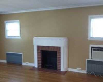 903 4th Street Northwest #2, Austin, MN 55912 2 Bedroom Apartment