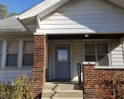 Englewood House for Lease, 2 Bedroom, 1 Bath