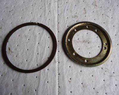Johnson Evinrude 28-30hp Outboard Ignition System Pilot And Support Ring 323647
